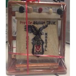 Beşiktaş logolu Minyatür Halı 28x33 Ebat